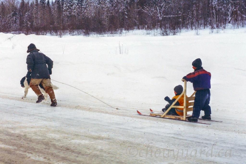 Un moment inoubliable d'une activité hivernale de plus en plus pratiquée. Photo prise en 1999 dans les environs de Mont-Laurier dans les Hautes-Laurentides au Québec